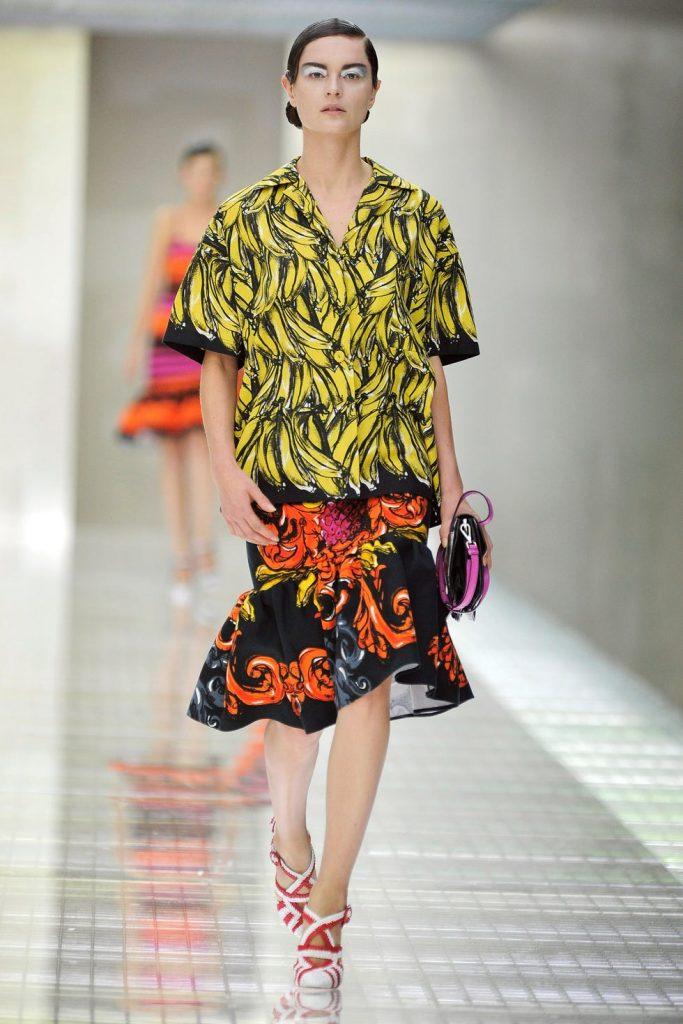 model walks the runway at the prada spring summer 2011 news photo 1597774235